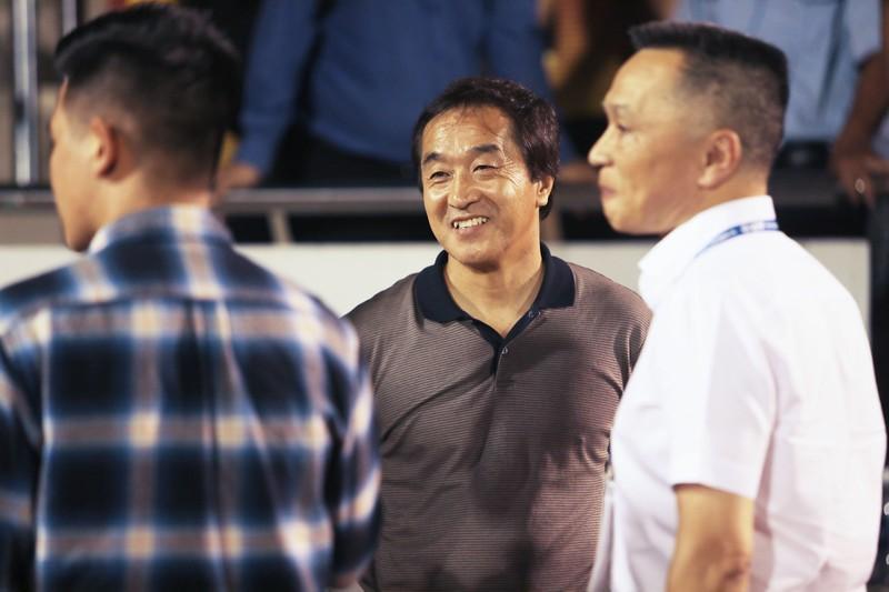 Ông Park gửi trợ lý đến xem derby TP.HCM - ảnh 4