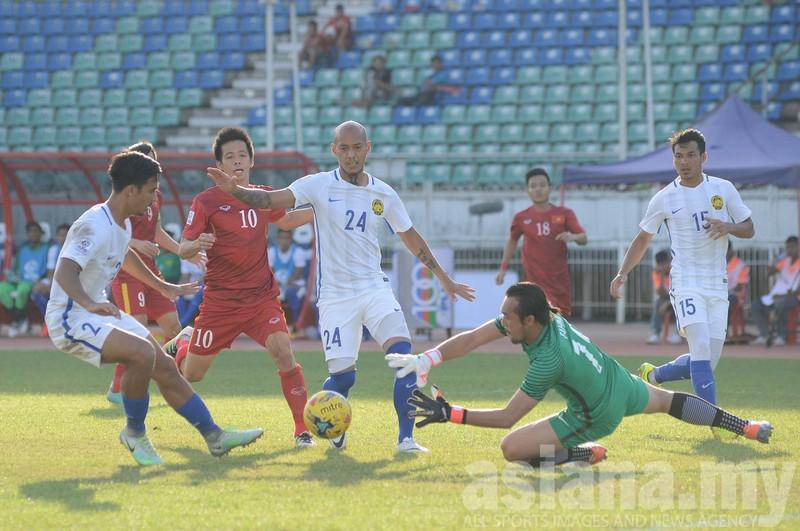 AFF Cup tính quá coi chừng… nhạt - ảnh 1