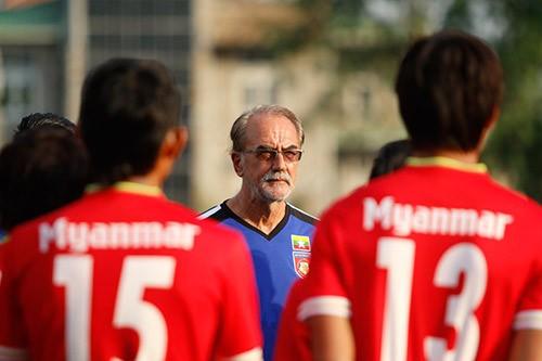Bình luận: Ông G.Zeise sai lầm đấu pháp trước U-23 VN? - ảnh 2