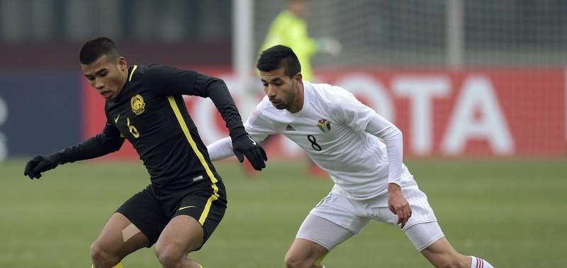 U23 Malaysia tạo địa chấn, loại Saudi Arabia vào tứ kết - ảnh 1