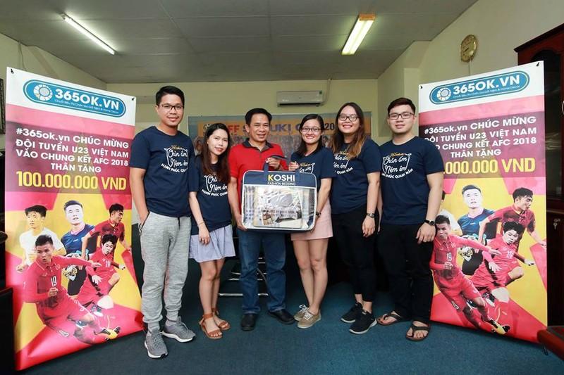 U-23 Việt Nam thắng sân lớn, quà nhiều 'sân nhỏ' - ảnh 2