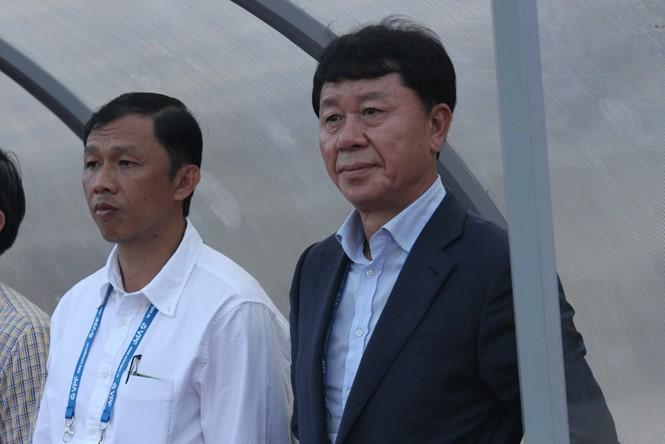 Ông Park gọi, ông Chung trả lời - ảnh 1