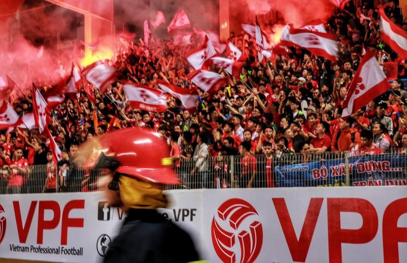 Ngay vòng 1 V-League, CLB Hải Phòng đã bị phạt 20 triệu - ảnh 1