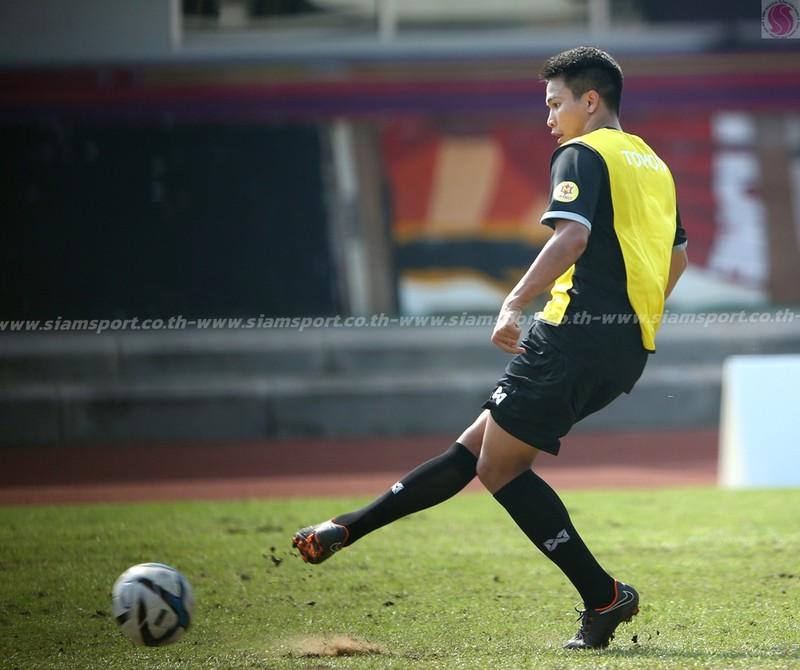 Dangda, Chanathip đối đầu với dàn sao Premier League - ảnh 4