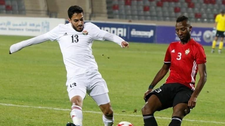 Đối thủ của tuyển Việt Nam đánh bại Kuwait - ảnh 2