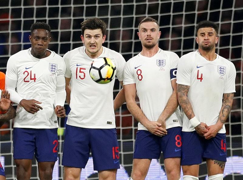 Pháp thua sân nhà, gần 100 CĐV Anh bị Hà Lan bắt - ảnh 1