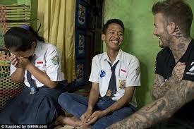 Beckham hộc tốc sang ĐNA giải quyết bạo lực học đường - ảnh 2