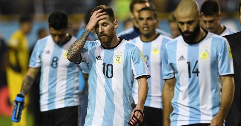 """Messi và  """"bóng ma"""" Maradona - ảnh 4"""