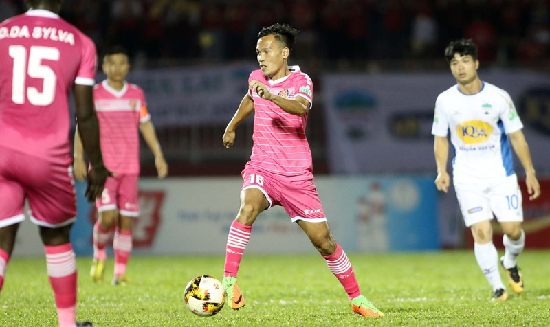 HLV Tài Em phấn khích với trận thắng đầu V-League  - ảnh 3
