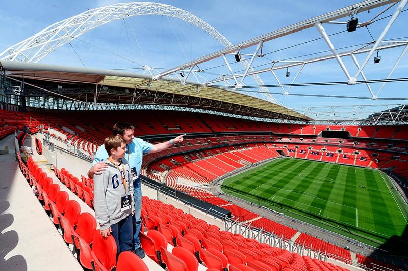 Sốc: FA quyết bán sân Wembley huyền thoại - ảnh 2