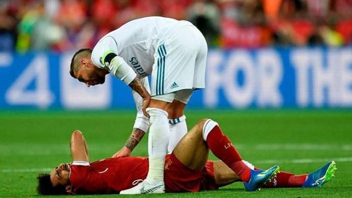 Salah về quê hương Ramos chữa chấn thương - ảnh 1