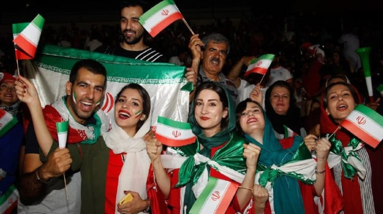 Dù bị loại nhưng Iran được đón tiếp như người hùng - ảnh 1