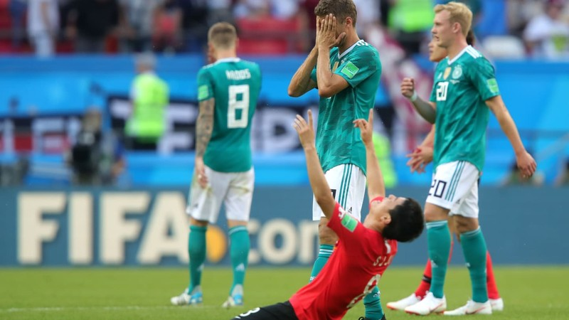 Bà Merkel làm gì khi tuyển Đức bị Hàn Quốc đánh bại? - ảnh 1