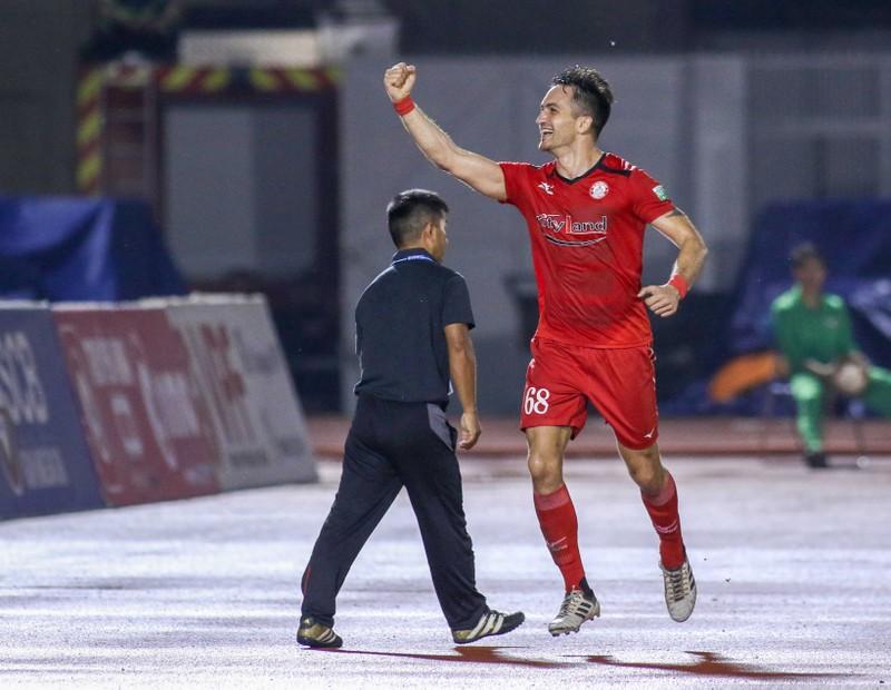 Cầu thủ Palestine có cú đúp giúp CLB TP.HCM thoát hiểm - ảnh 1