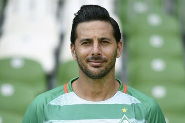 Pizarro trở lại Bundesliga vì đó là một phần lịch sử - ảnh 2