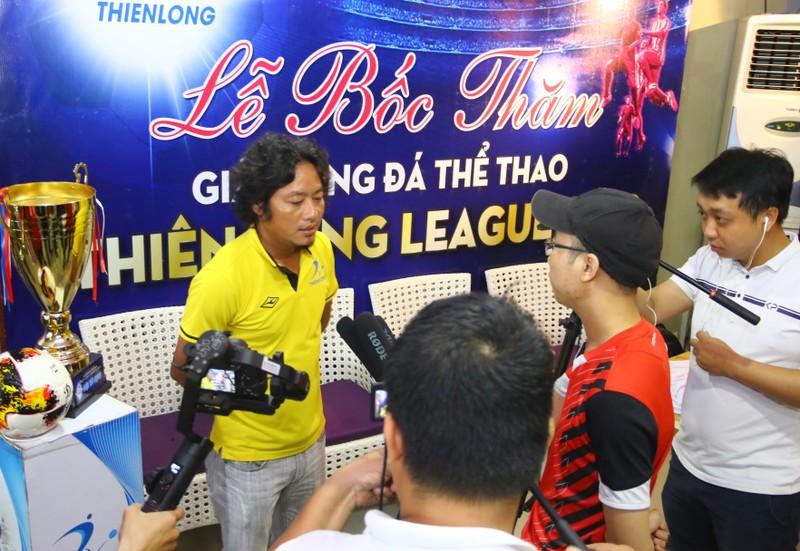 Sân chơi phong trào có cả ngoại binh, cựu cầu thủ V-League - ảnh 10