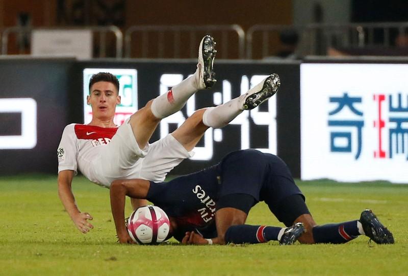 Con trai Tổng thống ghi bàn cho PSG ở Trung Quốc - ảnh 1
