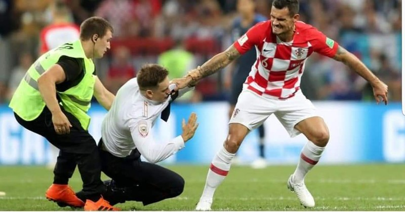 Chung kết World Cup 2018, Lovren xin lỗi Pussy Riot - ảnh 5
