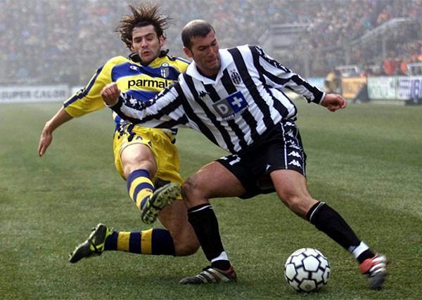 Rộ thông tin Zidane tái ngộ Ronaldo ở Juventus - ảnh 1