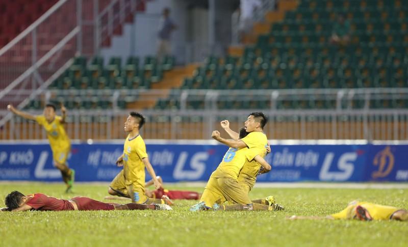 Giữa mùa Asiad có trận chung kết trên sân Thống Nhất - ảnh 2