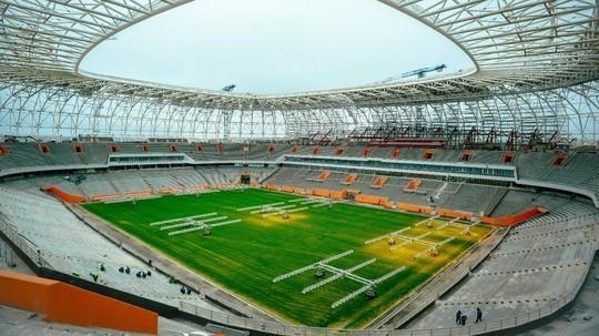 Sân World Cup 2018 bị cắt điện vì nợ tiền điện 'ngập đầu' - ảnh 2