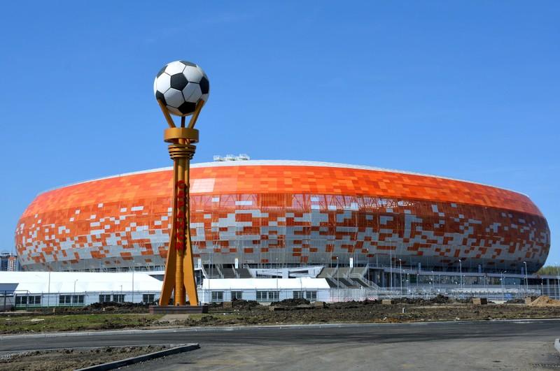 Sân World Cup 2018 bị cắt điện vì nợ tiền điện 'ngập đầu' - ảnh 1