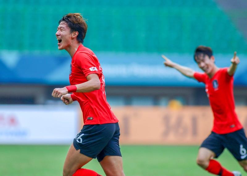 Sao Hàn nào có thể 'đe dọa' thủ môn Bùi Tiến Dũng? - ảnh 4