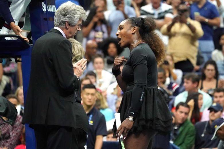 Thua đau chung kết, Serena Williams còn mất gần 400 triệu đồng - ảnh 1