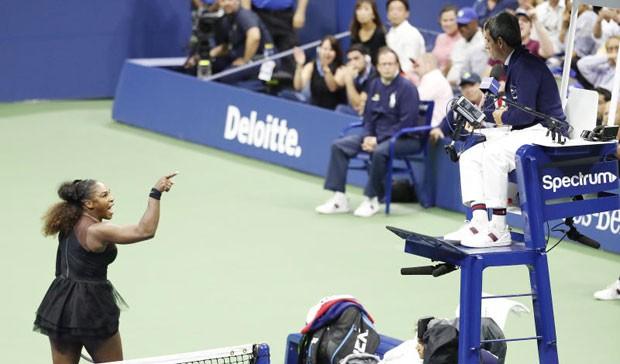 Thua đau chung kết, Serena Williams còn mất gần 400 triệu đồng - ảnh 2