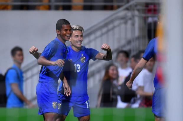 'Hậu duệ' Kiatisak ghi bàn cho tuyển Thái Lan - ảnh 1