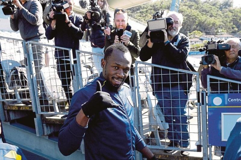 Giấc mơ bóng đá chuyên nghiệp của Bolt bên bờ vực thẳm - ảnh 1