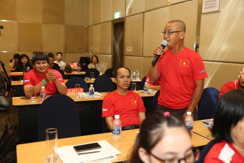 Đi tìm bài hát hay cho bóng đá Việt Nam - ảnh 1