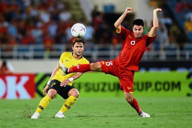 Thua Việt Nam 0-2, thủ tướng Malaysia vỗ về đội tuyển - ảnh 1