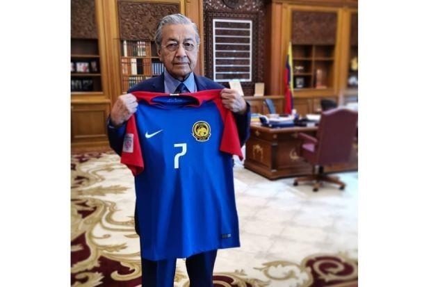 Thua Việt Nam 0-2, thủ tướng Malaysia vỗ về đội tuyển - ảnh 2