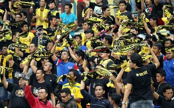 'Cháy' 87.000 vé, Malaysia 'tiếp' thêm 2.000 vé - ảnh 3