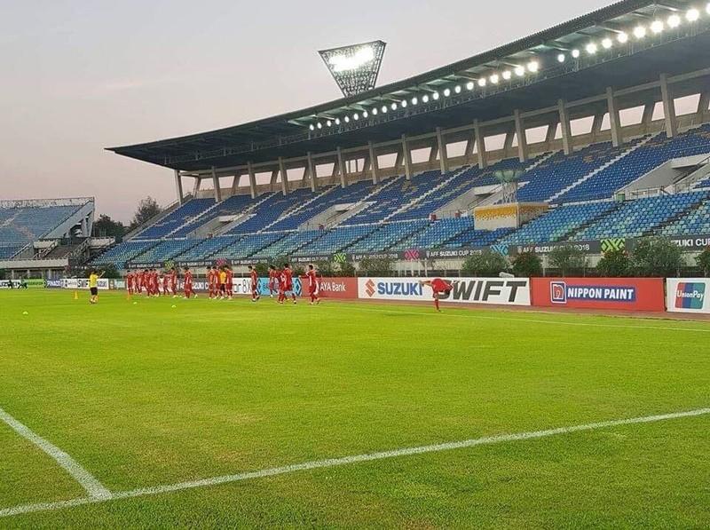 Fan Myanmar 'lên lớp' fan Việt Nam - ảnh 4