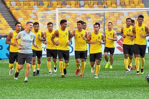 Antoine Hey 'đòi quyết chiến' với Malaysia - ảnh 3