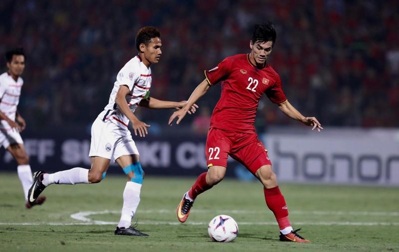 Vượt áp lực, Malaysia cùng Việt Nam vào bán kết AFF Cup 2018 - ảnh 1
