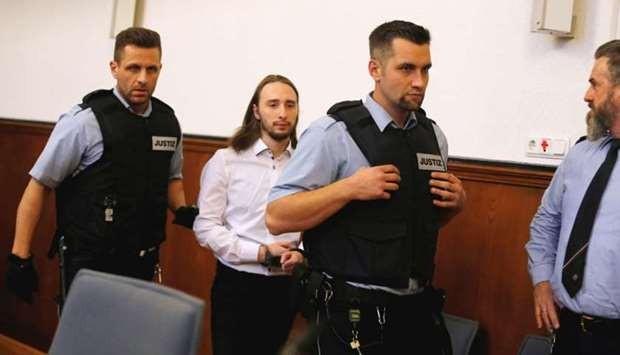 Kẻ đánh bom xe buýt chở CLB Dortmund bị tuyên 14 năm tù  - ảnh 2