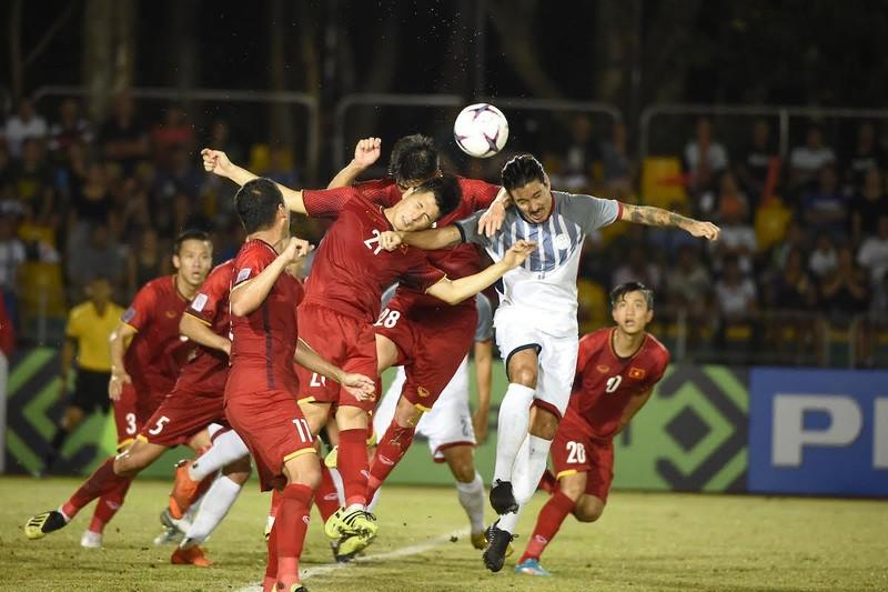Đội trưởng Philippines ganh tỵ với đội tuyển Việt Nam - ảnh 2