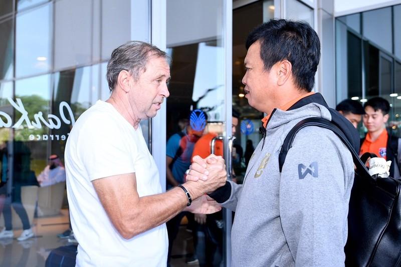 Hạ Bahrain, Thái Lan sống lại hi vọng đi tiếp nhờ Chanathip - ảnh 3