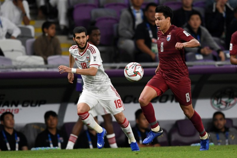 Bất chấp tuyển Thái xuống dốc, cầu thủ Thái vẫn sang J-League - ảnh 2