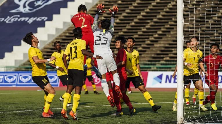 Việt Nam - Thái Lan đá 'chung kết bảng', Campuchia thăng hoa - ảnh 2