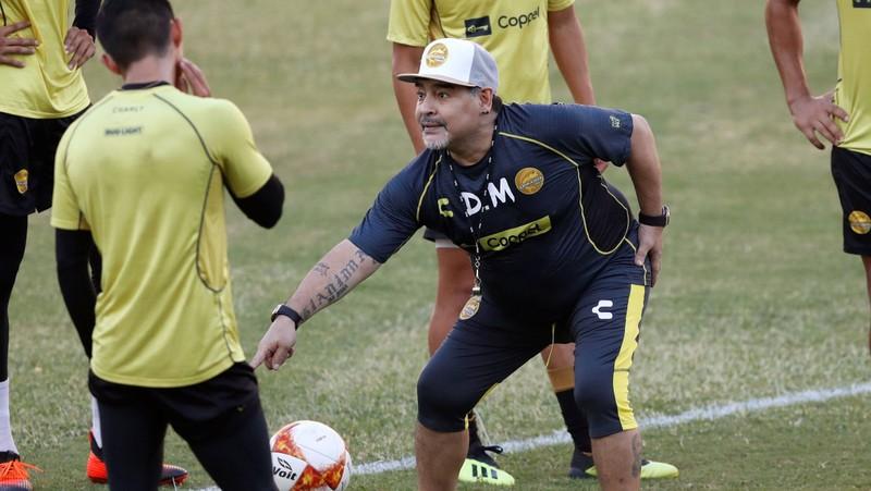 'Cậu bé vàng' Maradona xác nhận có ba con rơi ở Cuba - ảnh 1