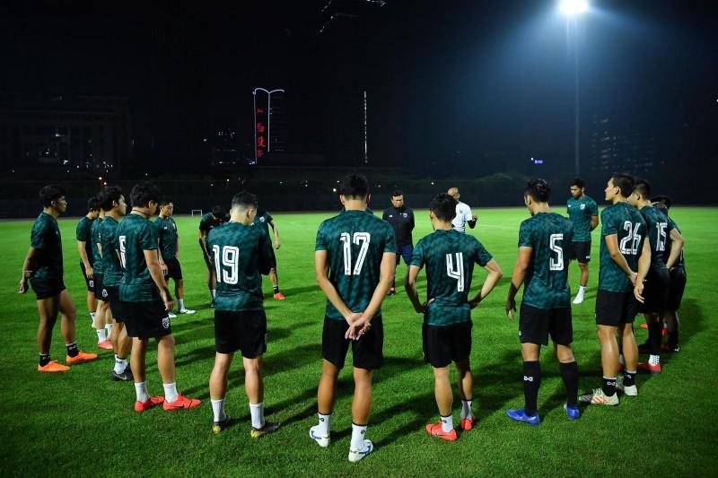 Chanathip muốn tuyển Thái Lan đánh bại tuyển Trung Quốc - ảnh 1