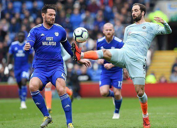 HLV Cardiff City cay cú sau bàn thắng 'ma' của Chelsea - ảnh 2