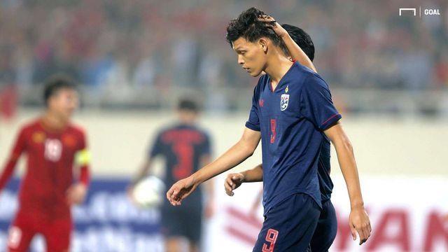 Nỗi lo của hai thuyền trưởng bóng đá Thái Lan - ảnh 2