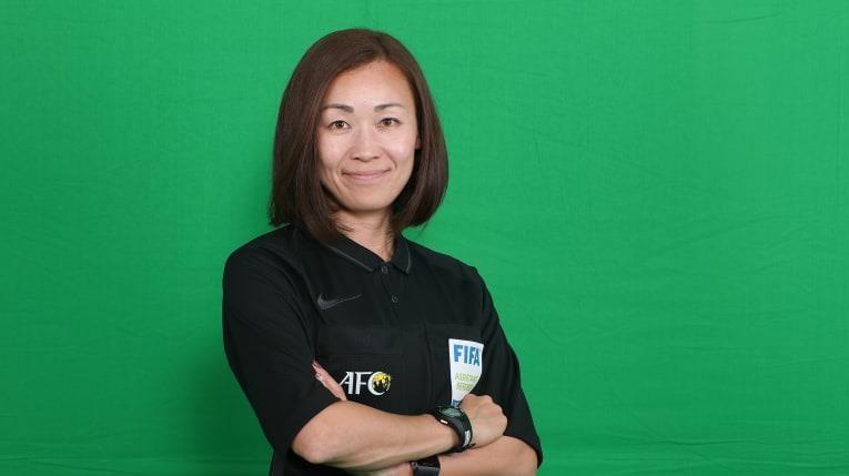 B. Bình Dương 'đụng' trọng tài nữ ở cúp châu Á - ảnh 1