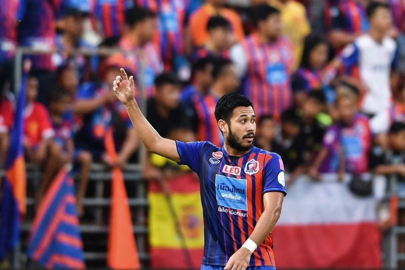 Giấc mơ Champions League của 'bông hồng thép' bóng đá Thái Lan - ảnh 1
