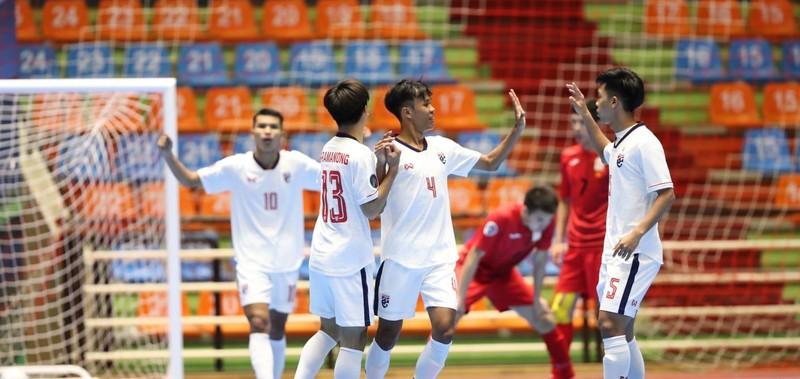 VCK Futsal U-20 châu Á: Việt Nam giải mã Tajikistan - ảnh 1